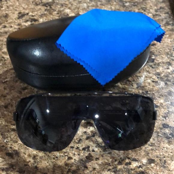 229bbcf8a5f Armani Exchange Accessories - Armani Exchange Unisex Shield Pilot Sunglasses
